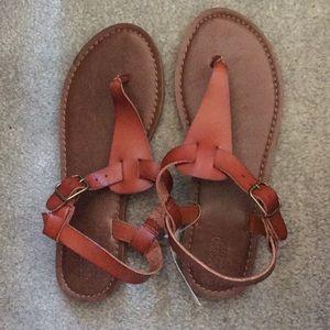 Cognac/ tan T straps sandals